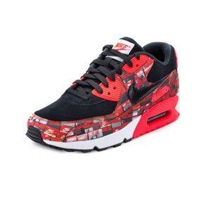 NWOB Nike Air Max 90 We Love Nike Size 6